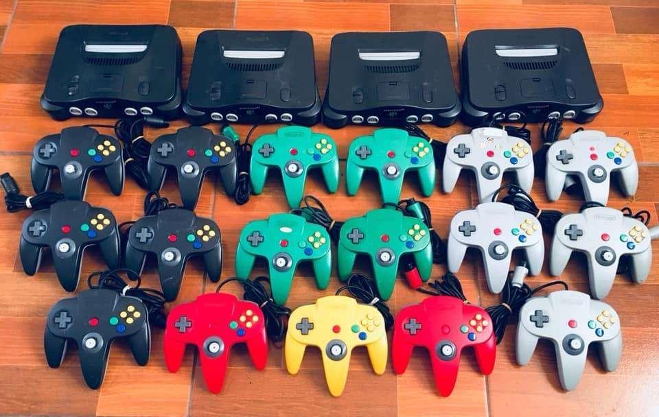 Consolas Nintendo 64 / N64 accesorios Completos