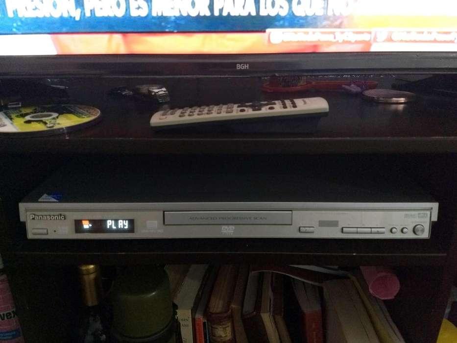 Oferta Dvd Panasonic Excelente estado con Control y botoneras! con sus correspondientes cables de a