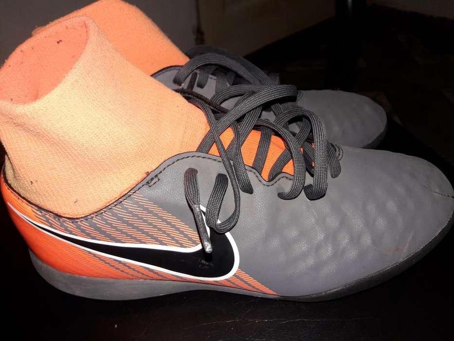 Botines Nike Originales !!