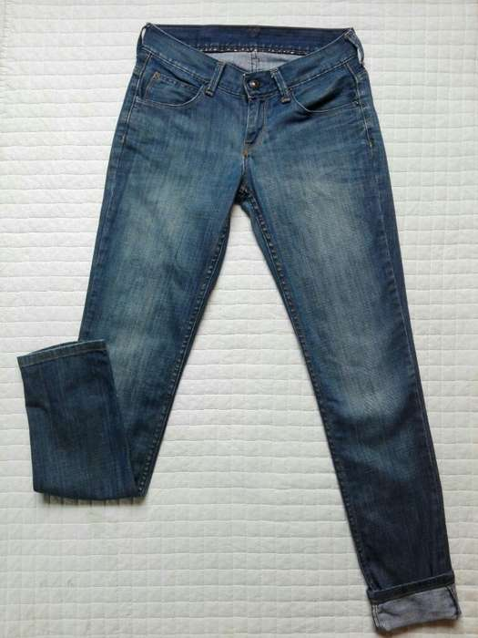 Jean <strong>levis</strong> Talle 28
