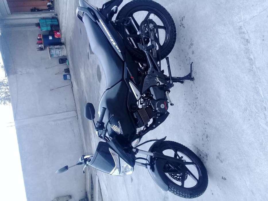 Moto <strong>honda</strong> año 2015