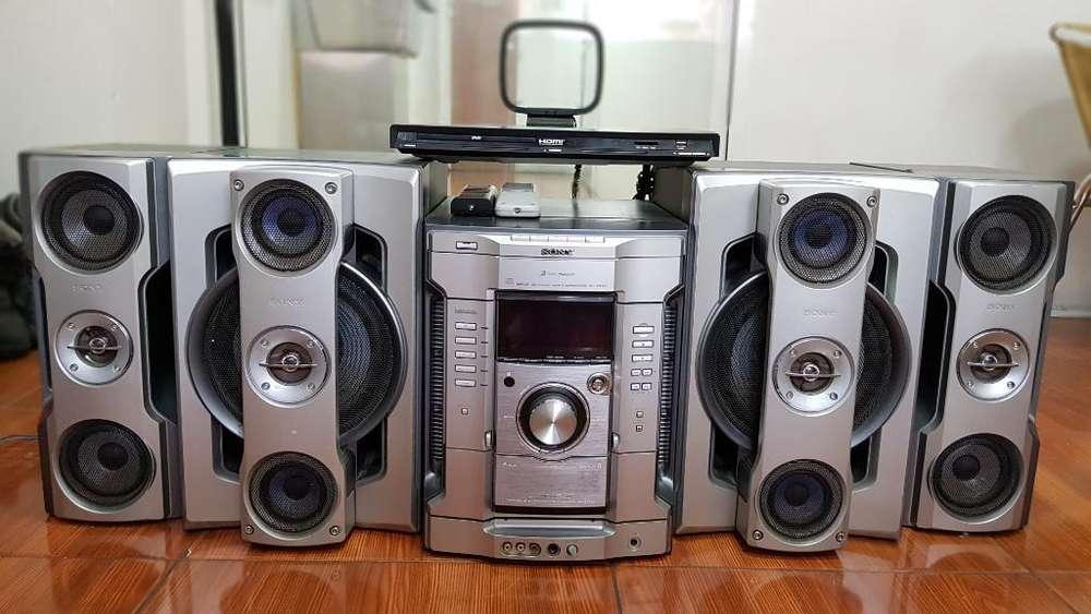 Equipo de Sonido Sony 5.000w