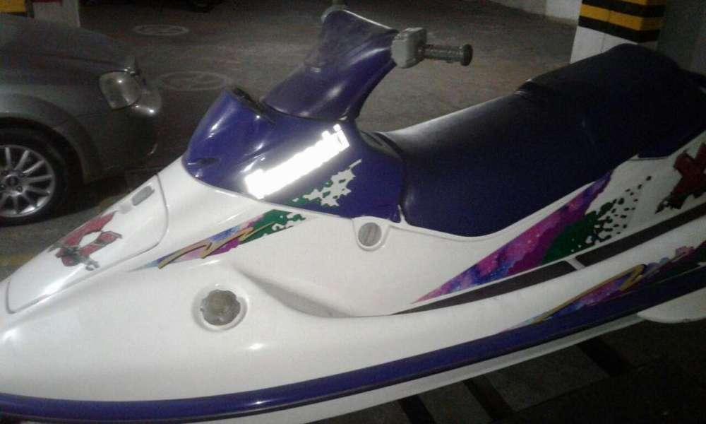 Moto Acuática Kawasaki 750 C.C modelo 1993