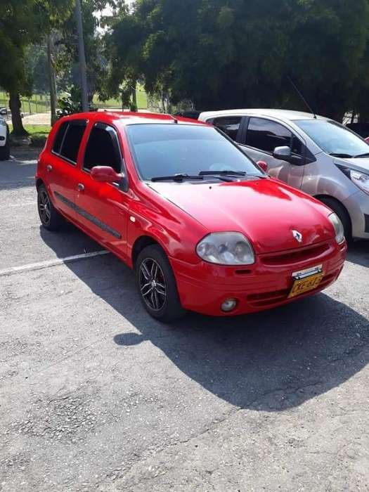 <strong>renault</strong> Clio  2002 - 156436 km