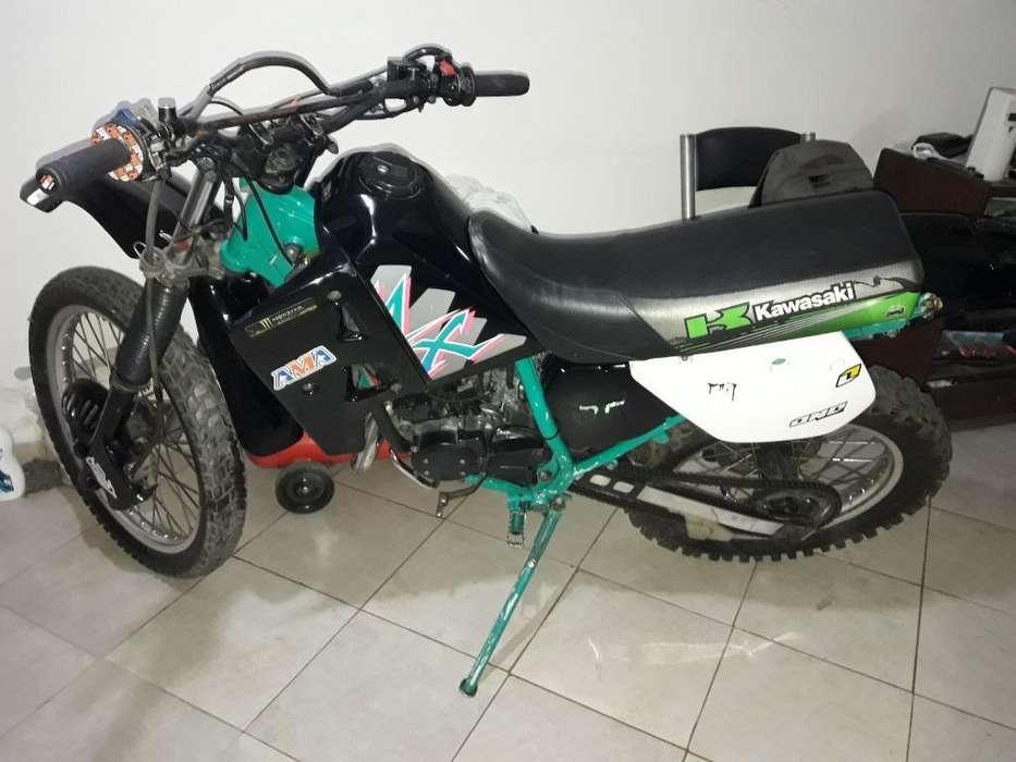Kawasaky Kmx 125 93 Titular