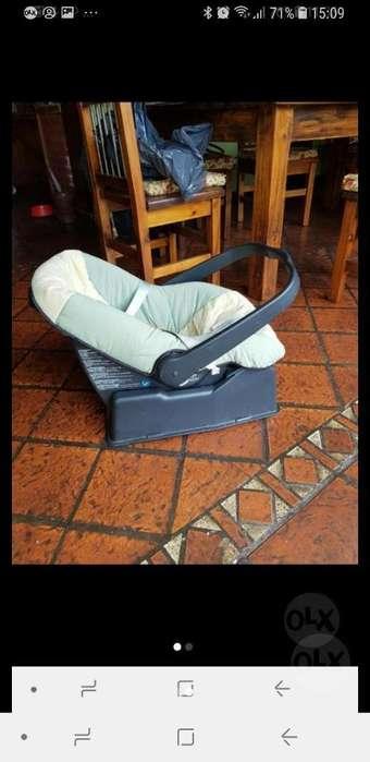 Huevito Silla de Bebe para Auto