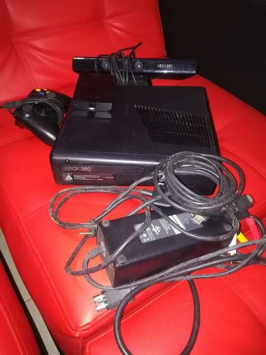 Vendo Xbox 360 con Kinet