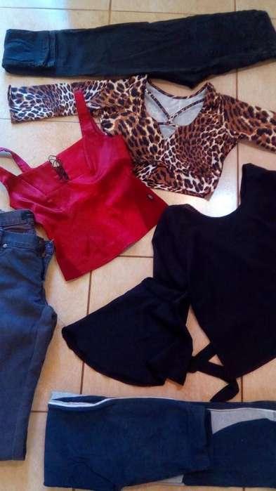 Fardos de ropa usada