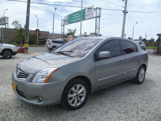 Nissan Sentra 2010 - 93000 km