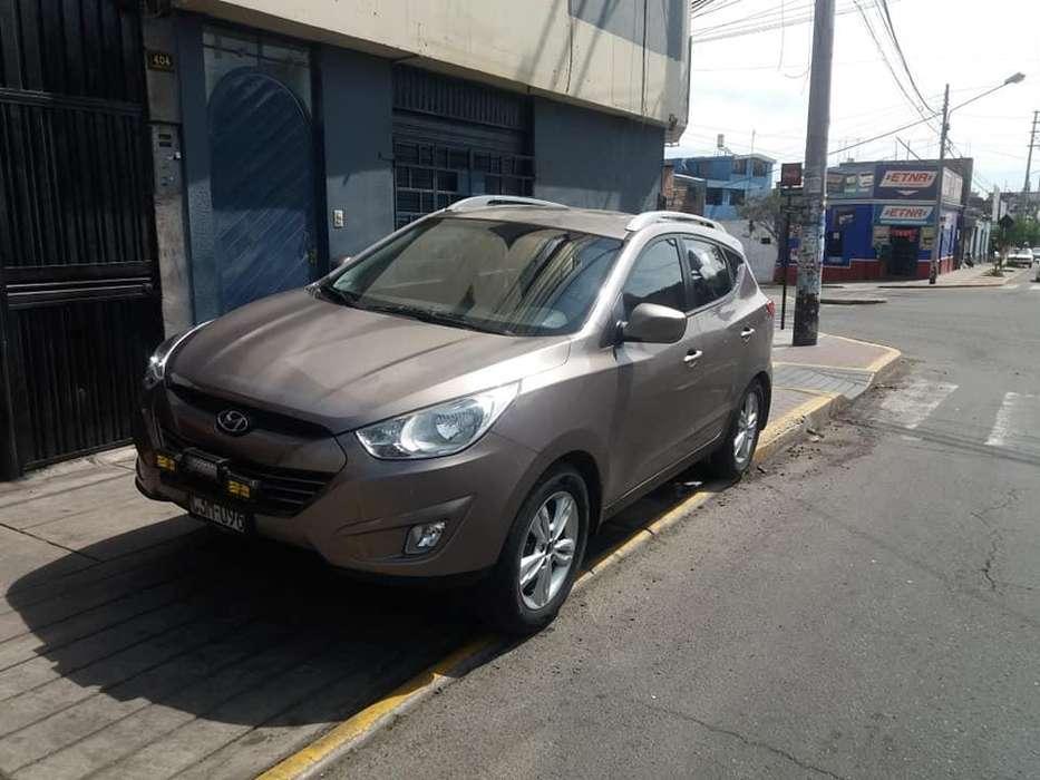 Hyundai Tucson 2012 - 72000 km