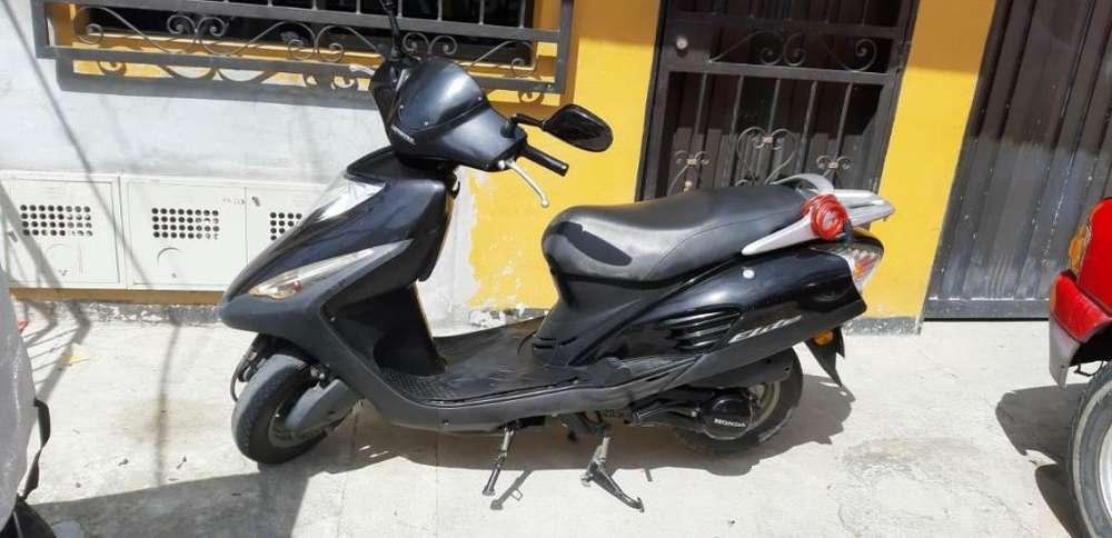 Honda Elite 125 Lista para Traspaso