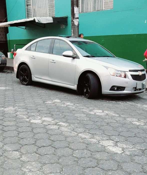Chevrolet Cruze 2011 - 180000 km