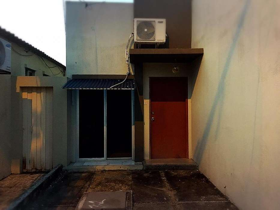 Suit o Habitación en Alquiler en Compostela Via Salitre , cerca al CC El Dorado