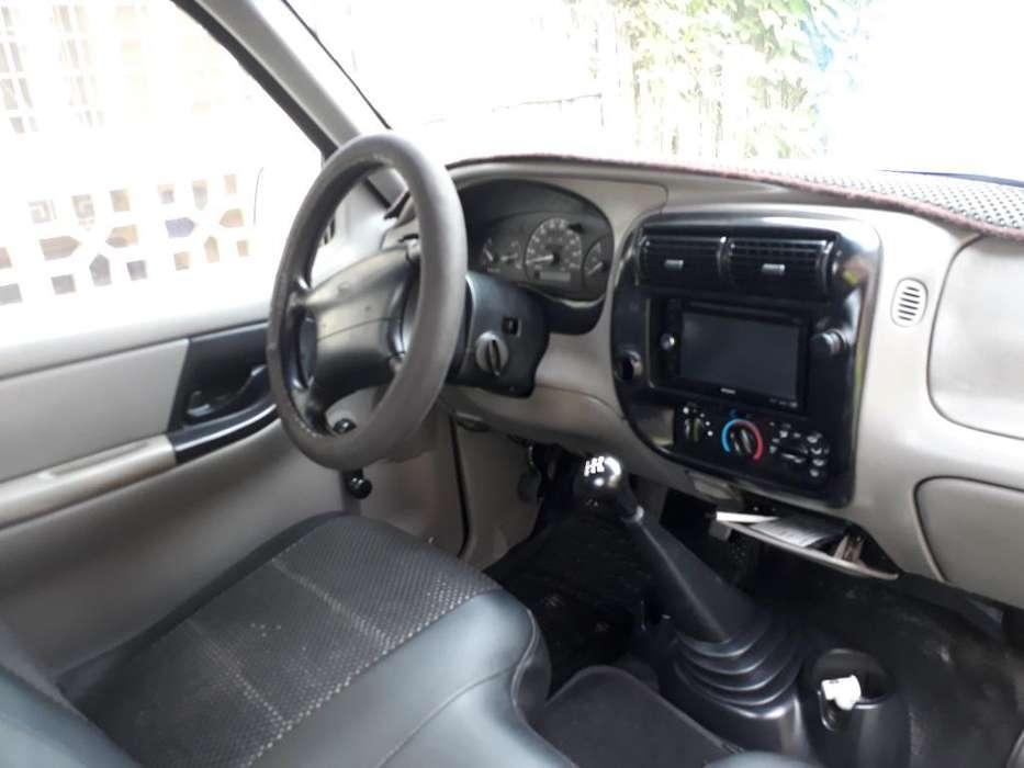 Ford Otro 1998 - 290000 km