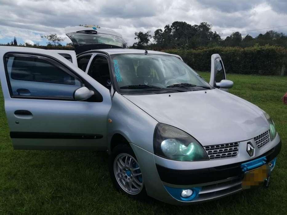 Renault Clio  2004 - 151000 km
