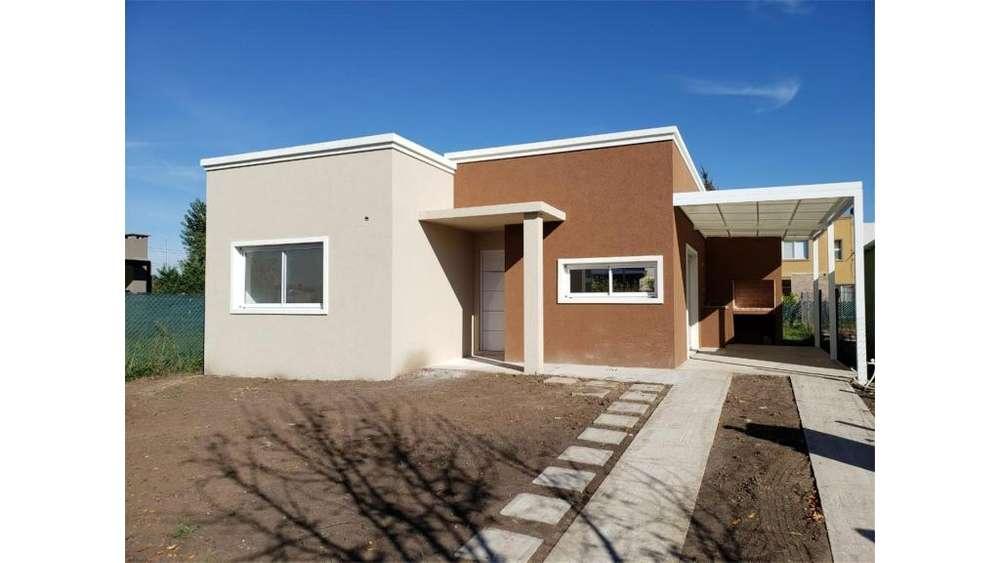Algarrobo S/N - UD 87.000 - Casa en Venta
