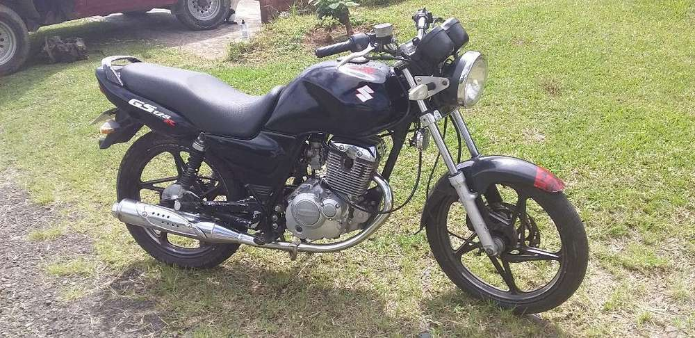 Vendo Moto Gs Susuki 125