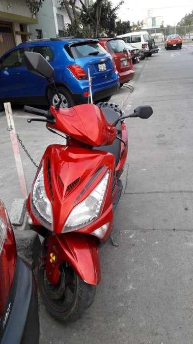 moto scooter italika