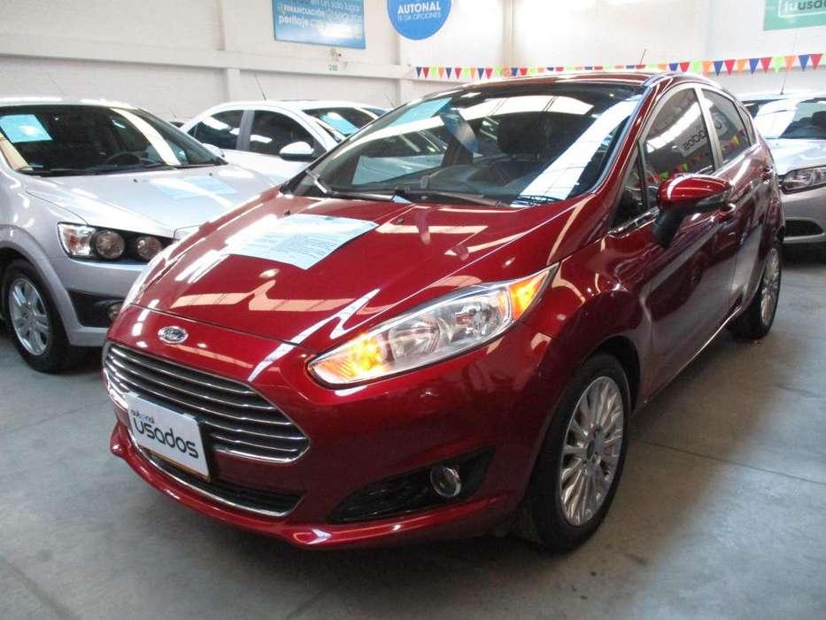 Ford Fiesta  2014 - 40020 km