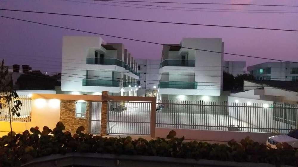 Casas en Crespo Conjunto Cerrado