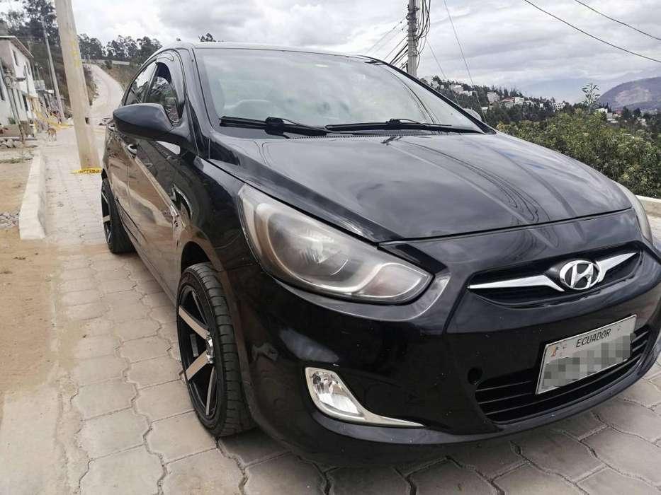 Hyundai Accent 2012 - 186000 km