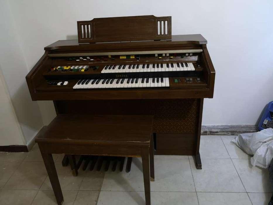 Órgano Eléctrico Yamaha