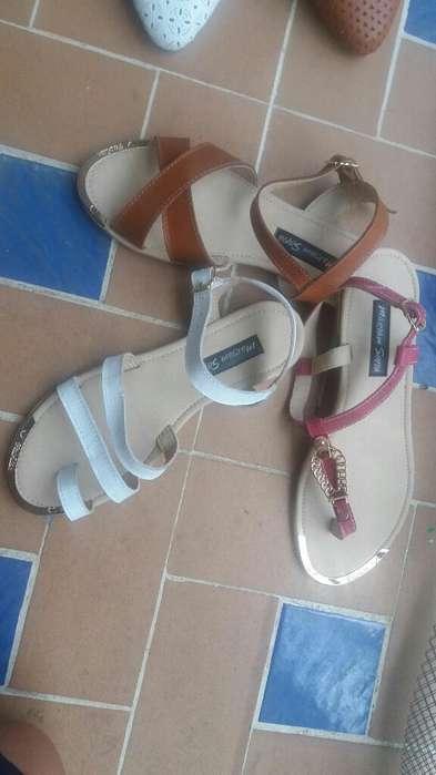 Sandalias en Puro Cuero