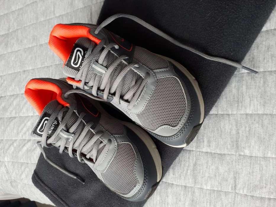 Zapatos deportivos Talla 35