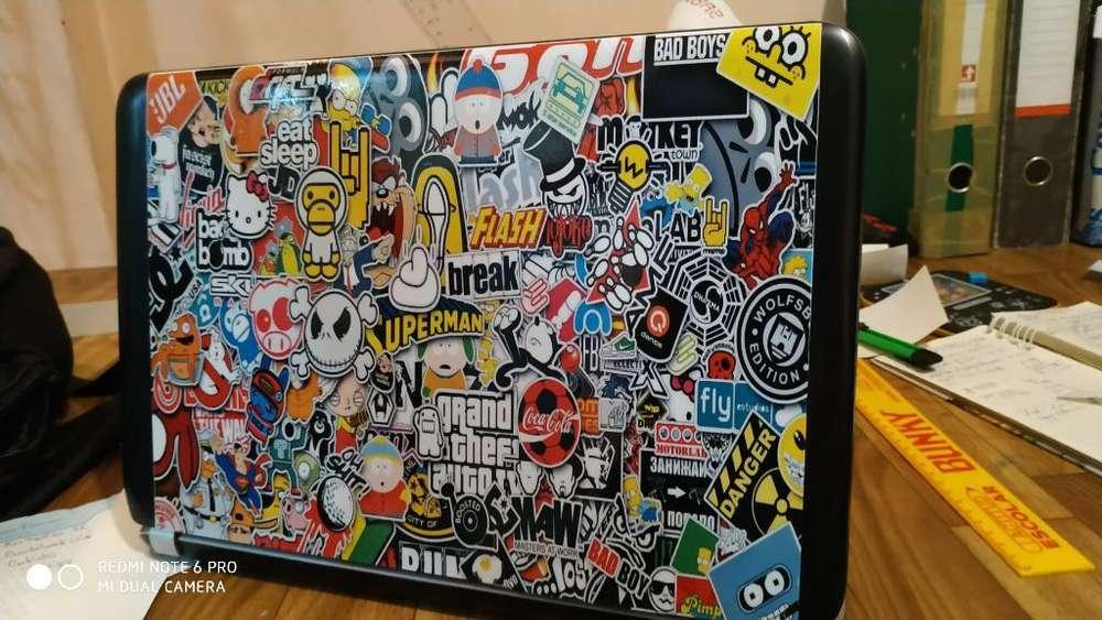 Adhesivos Personalizados para Laptops