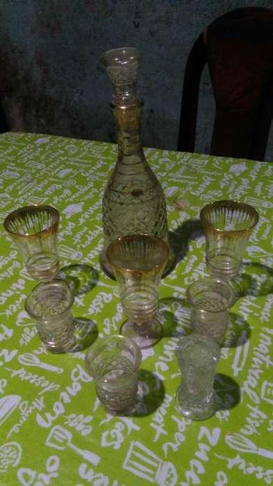 Botella Licorera con Sus <strong>copas</strong>