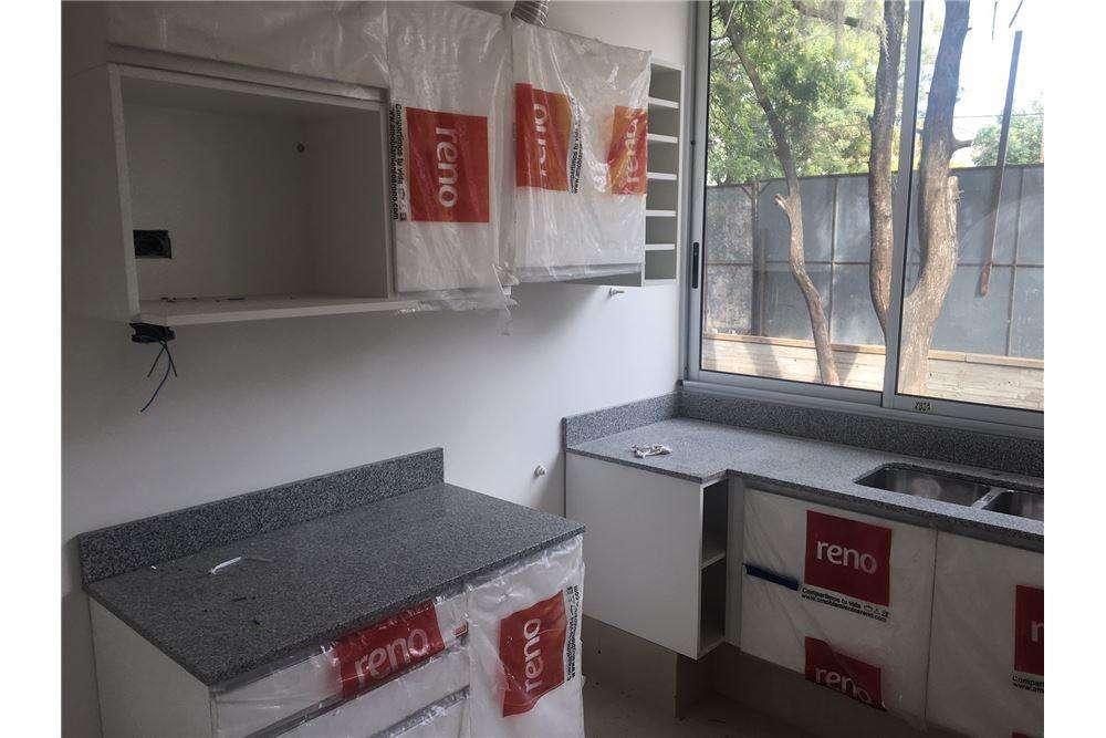 Venta Duplex dos dormitorios posibilidad cochera