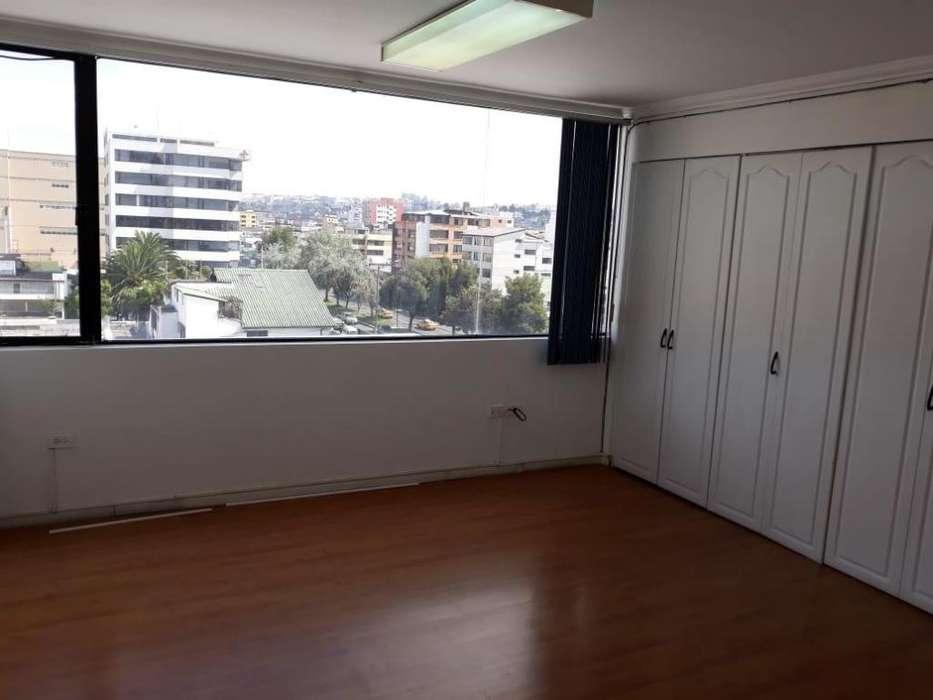 Rento oficina ,73 m2,con h ermosa vista, Shyris e Isla Floreana