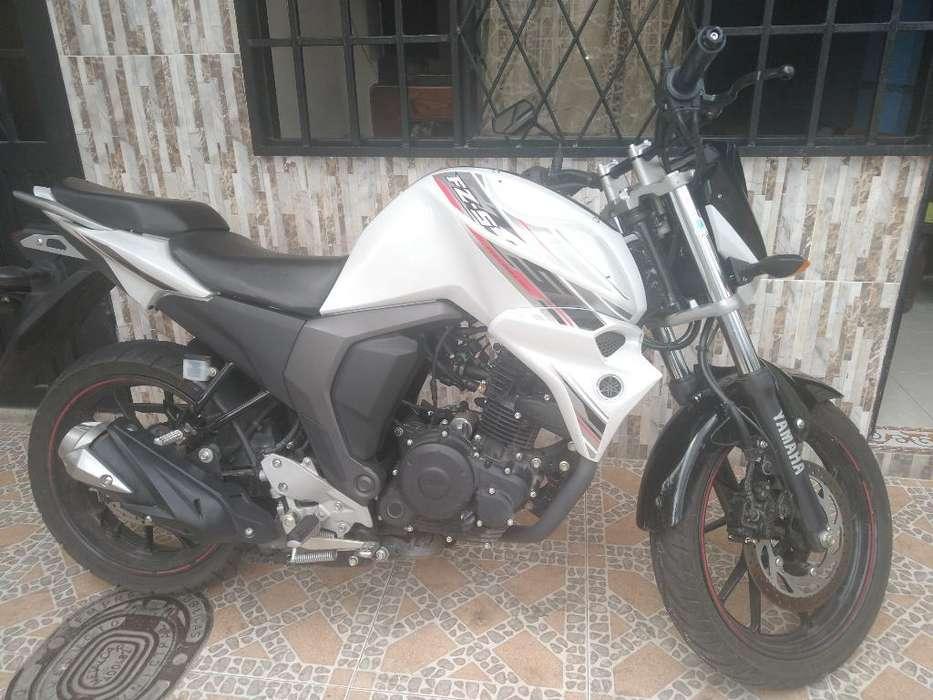 Moto Fz-150