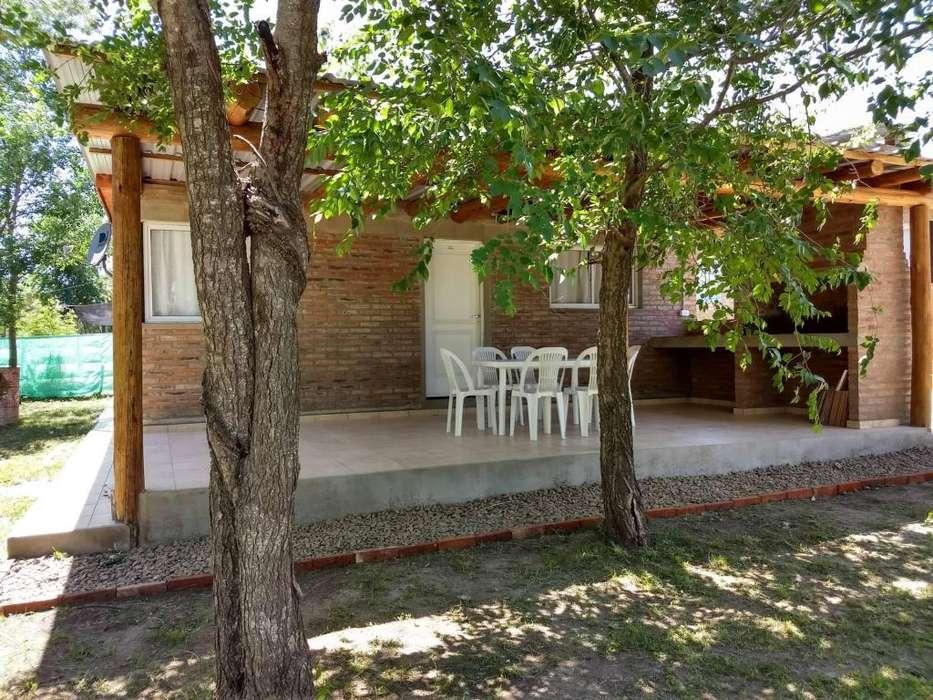 qs72 - Cabaña para 3 a 5 personas con pileta y cochera en Villa <strong>ciudad</strong> de América
