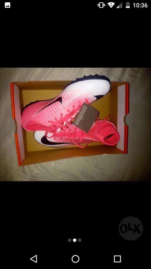Botines a Estrenar Nike Botitas Talle 42