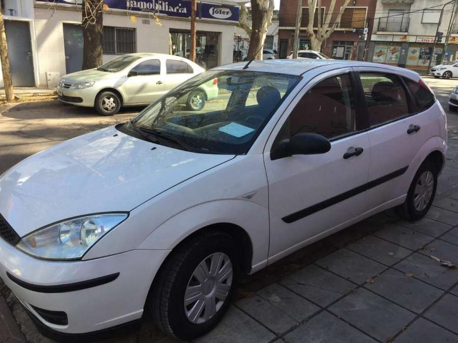 Ford Focus 2010 - 225000 km