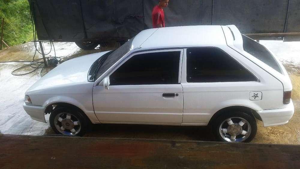 Mazda 323 1991 - 31000 km