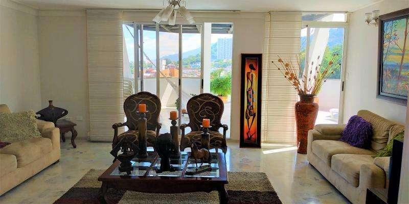 Apartamento En Venta En Bucaramanga Altos De Cabecera Cod. VBCLV-5330