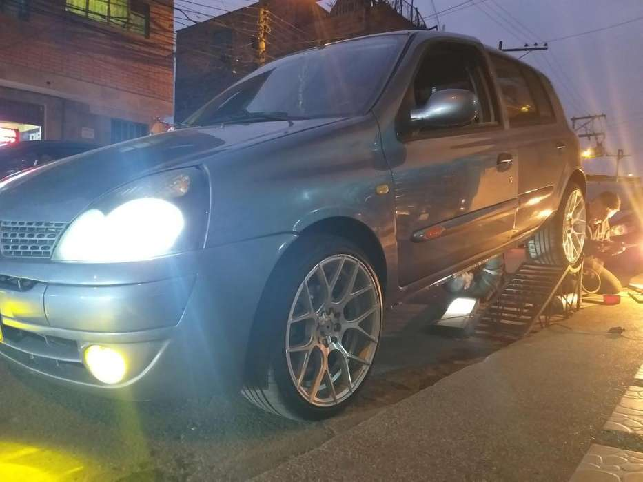 Renault Clio  2008 - 126000 km
