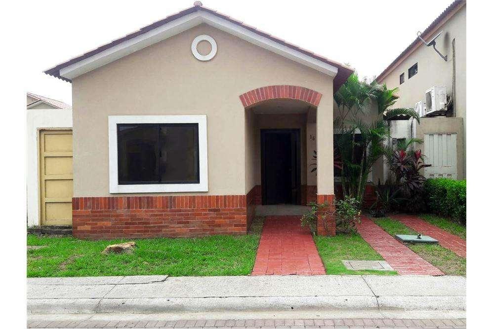 Casa de Venta en Ciudad Celeste, Via a Samborondon, Maria Fernanda <strong>campo</strong>s