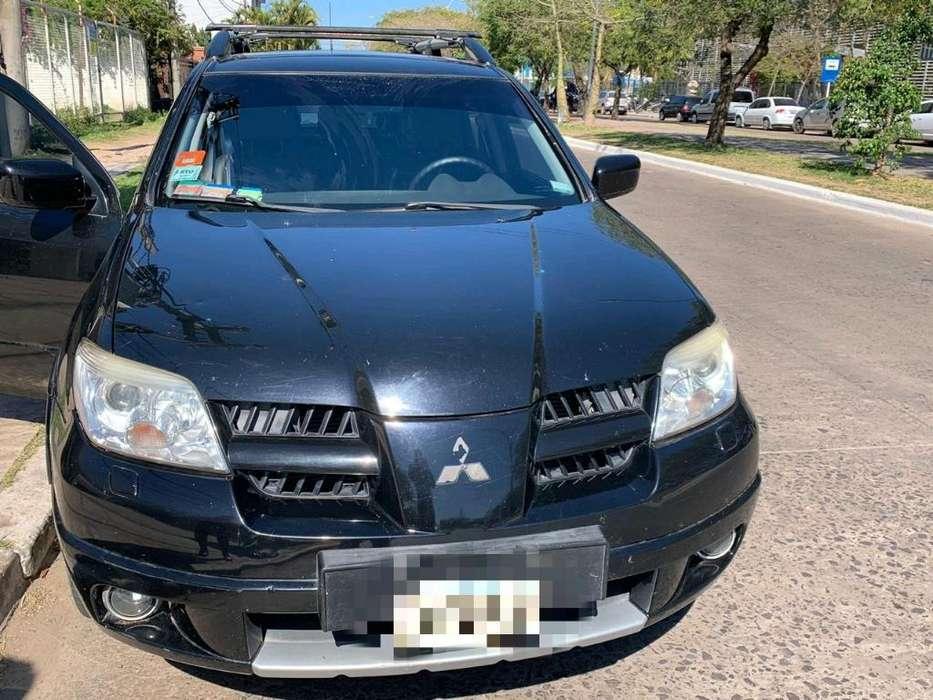 Mitsubishi Outlander 2008 - 117000 km