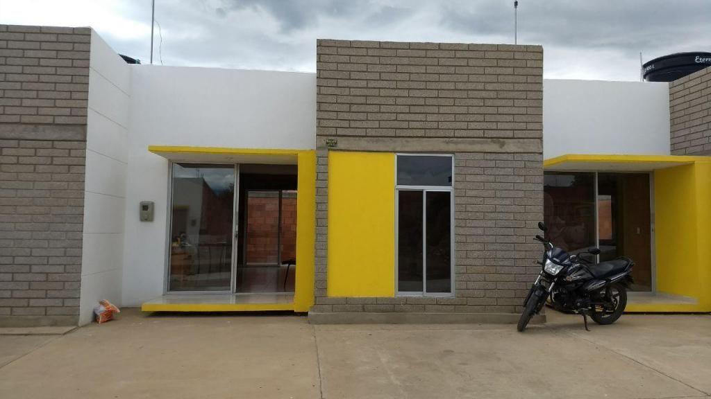 Casa en lote grande, aplica a subsidio. Luis Parada, 320 947 5599.