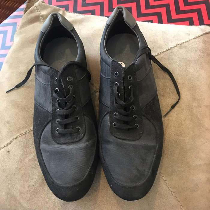Zapatos Color Negro C&a Num 28.5