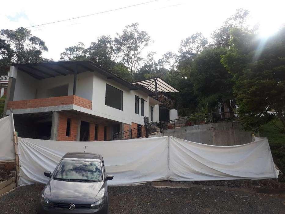 Dos Casas Campestre sin Terminar
