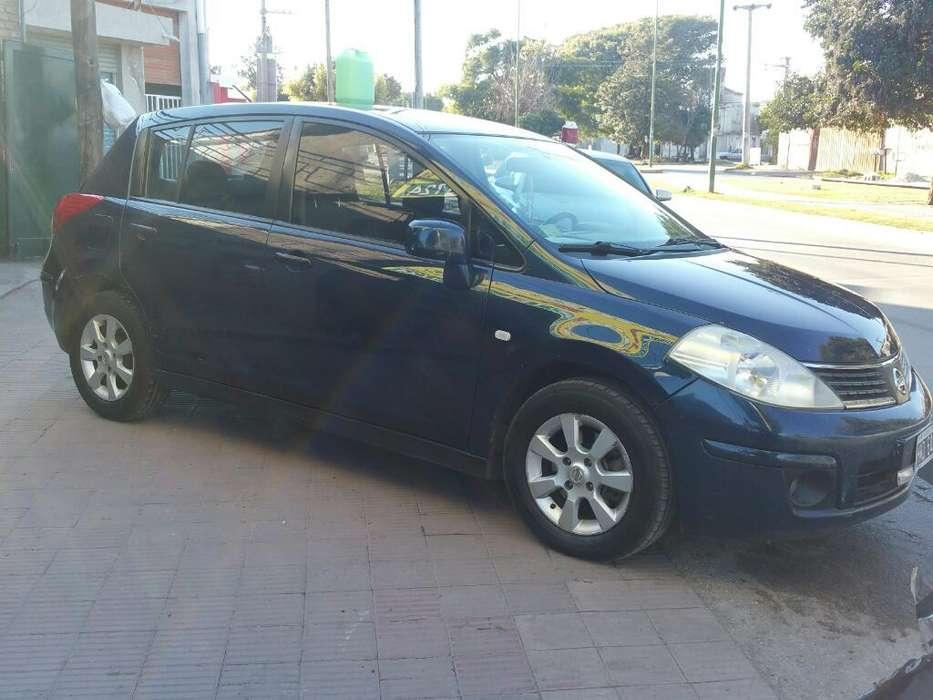 Nissan Tiida 2009 - 183 km