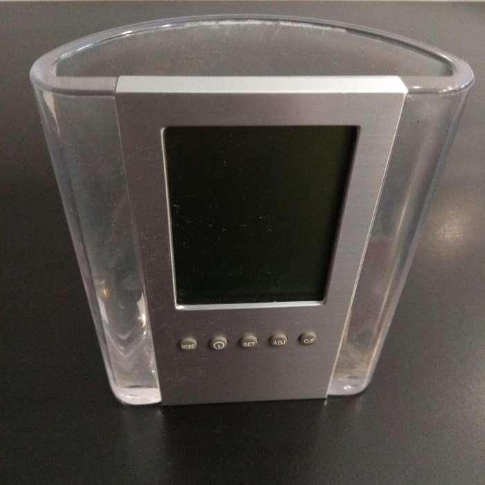 Portalápiz Reloj Multifunción. Acrilico 236D