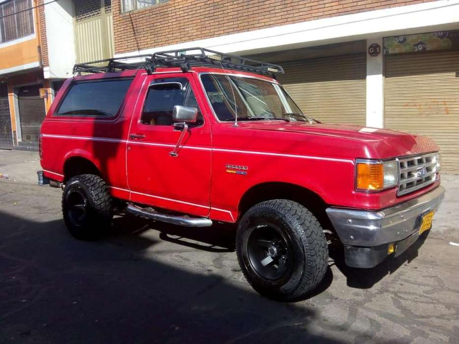 Ford Bronco 1990 - 80000 km