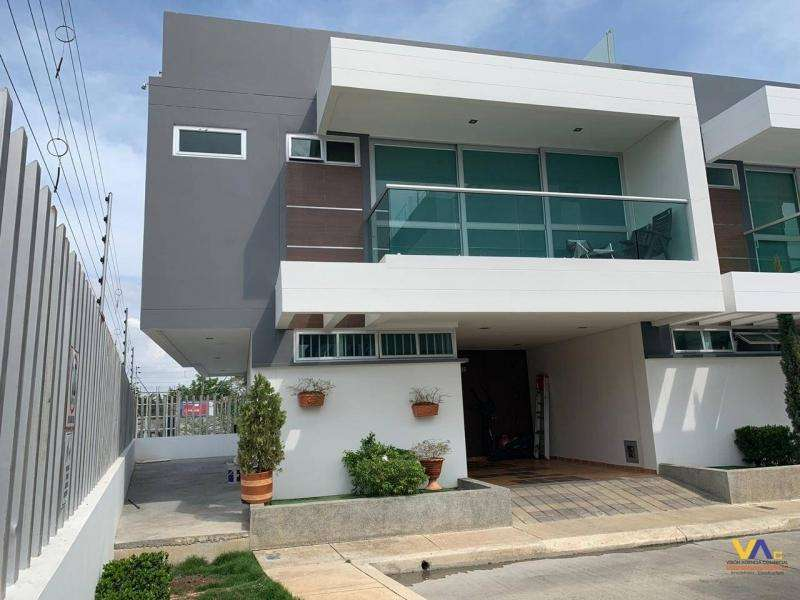 <strong>casa</strong> PARA ARRIENDO EN MARSELLA - 152Monteverde