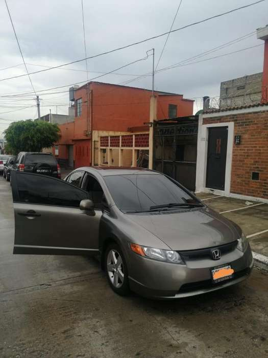 Honda Civic 2008 - 1 km