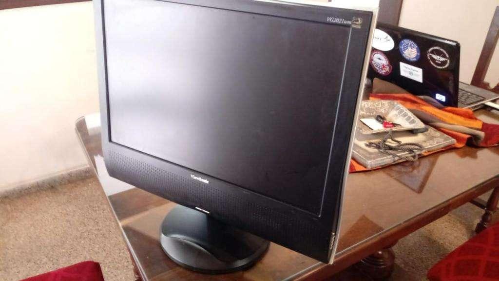 Monitor 19 Viewsonic Excelente estado